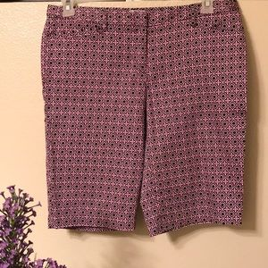 Laundry by Shelli Segal Shorts, Size 8.
